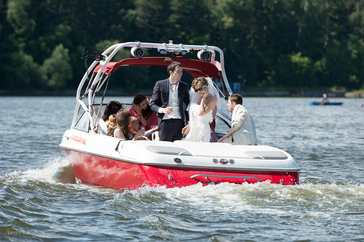 0009 Moscow wedding on boats