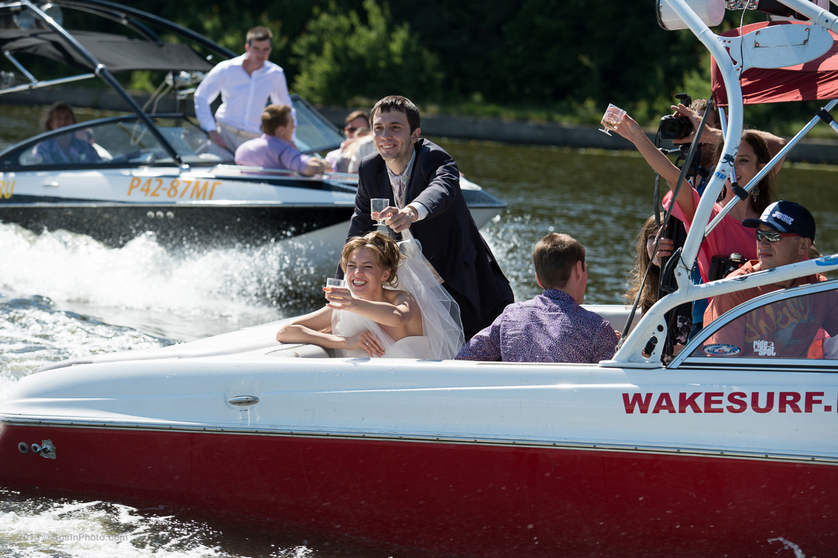 0012 Moscow wedding on boats