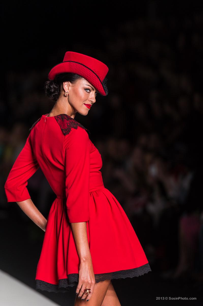 0002 MB Fashion week 2013 photo