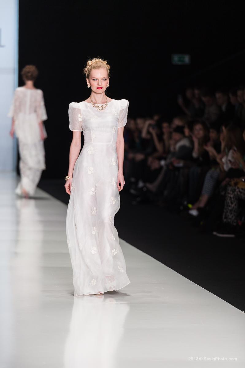 0007 MB Fashion week 2013 photo