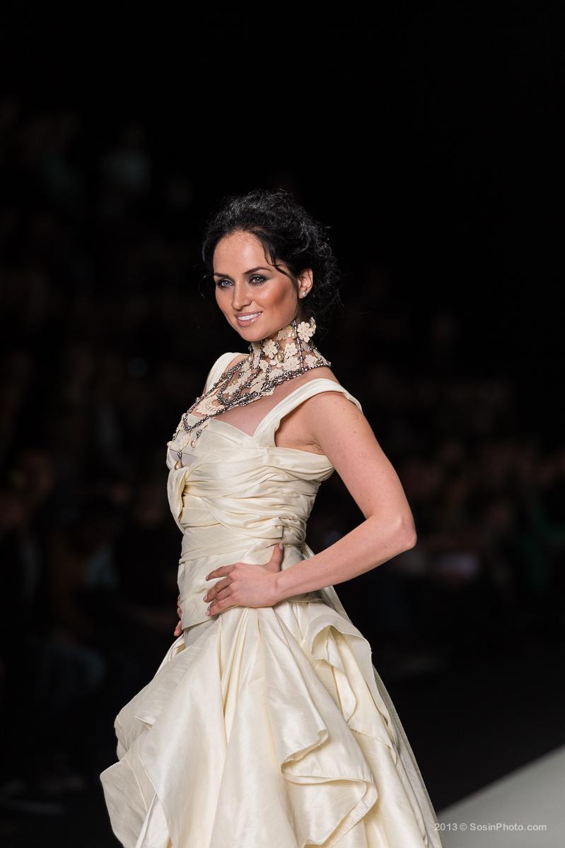 0018 MB Fashion week 2013 photo