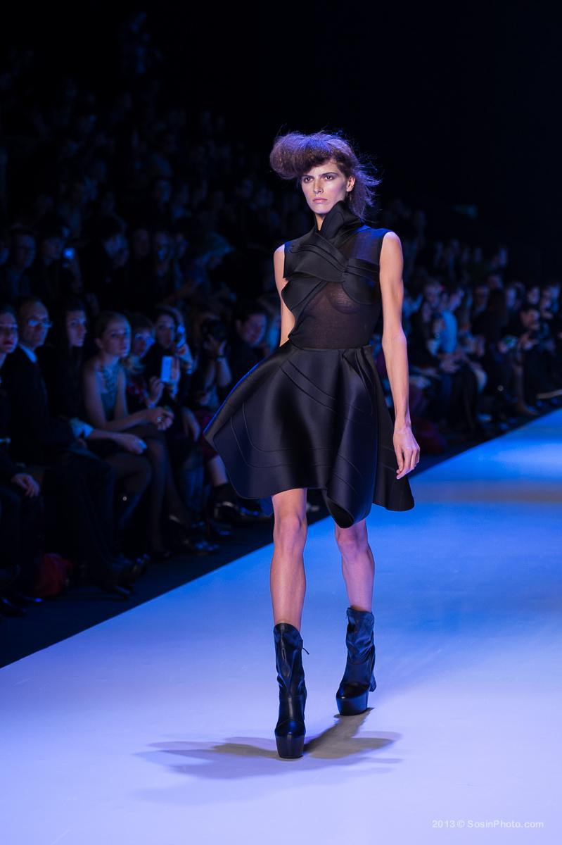 0036 MB Fashion week 2013 photo