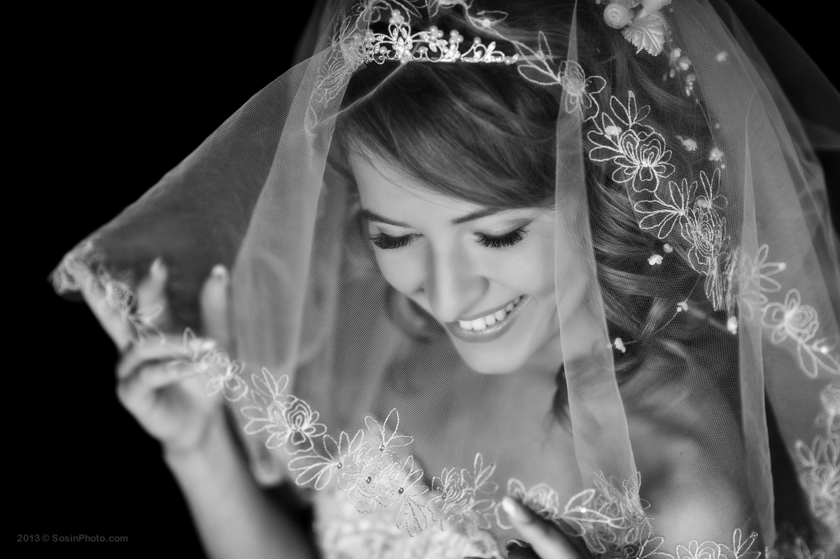 BW bride photo