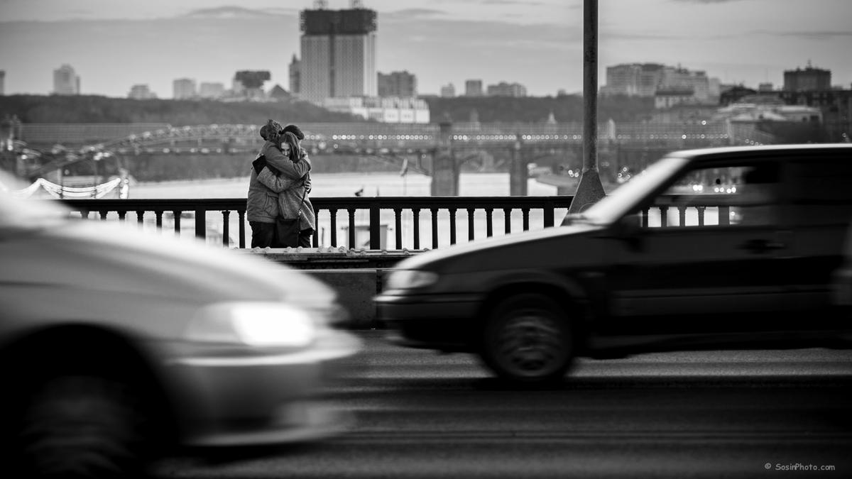 0023 couple Krimsky bridge