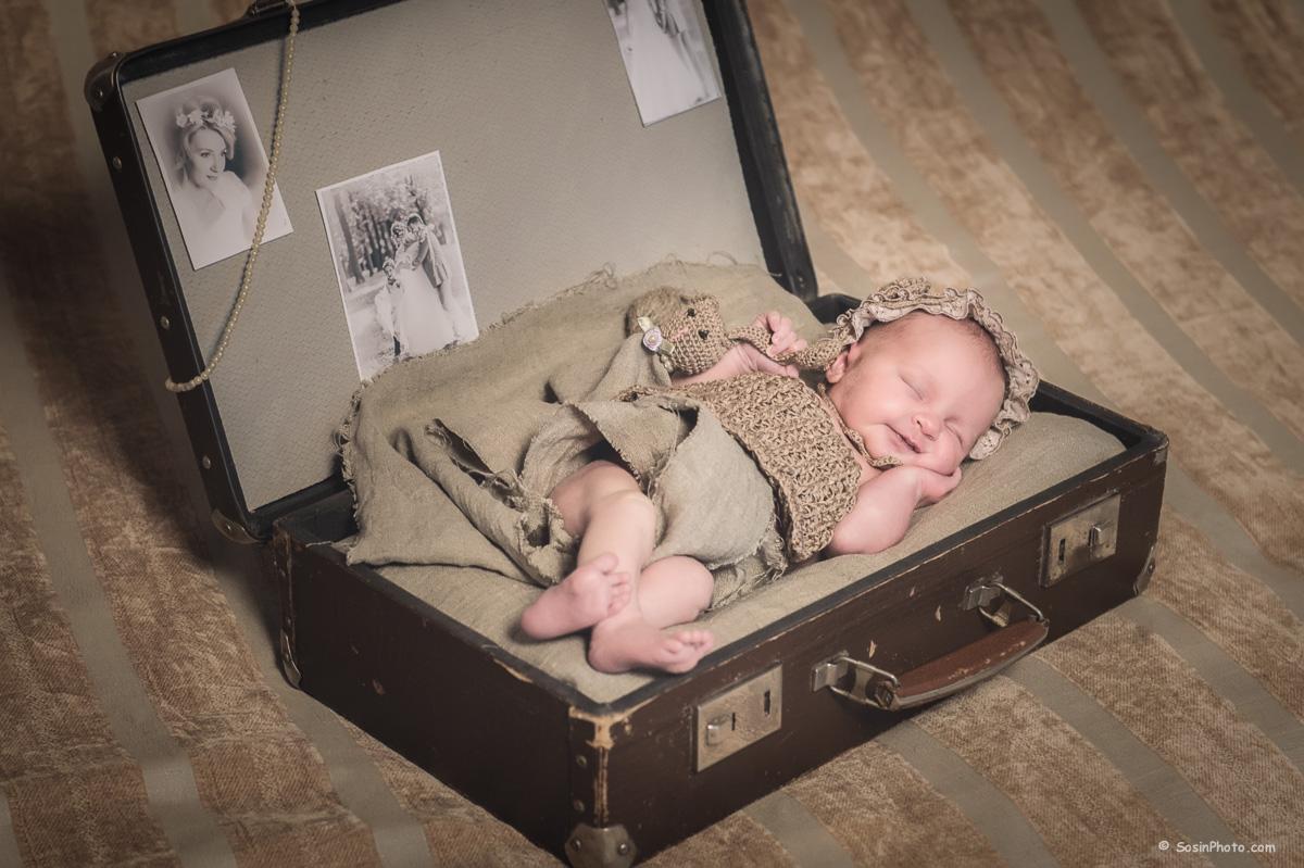 0007 newborn Alice