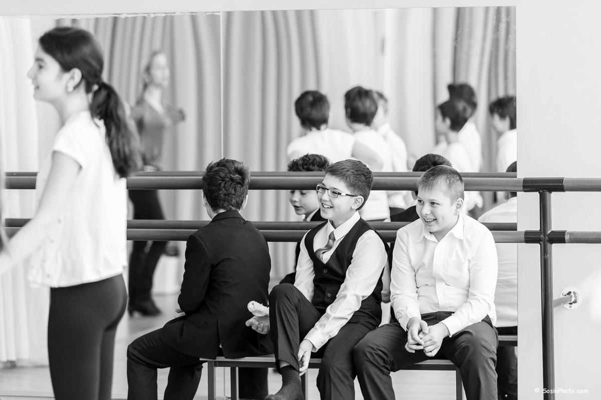 0014 school choreography class