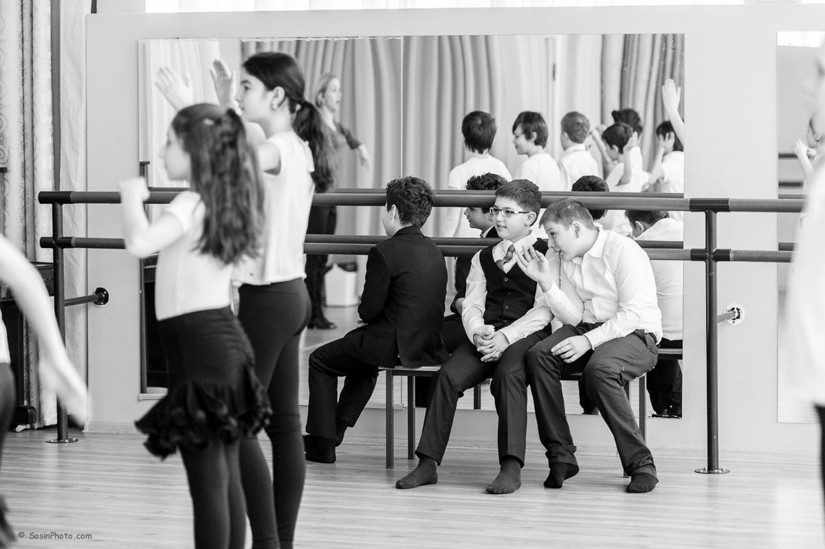 0015 school choreography class