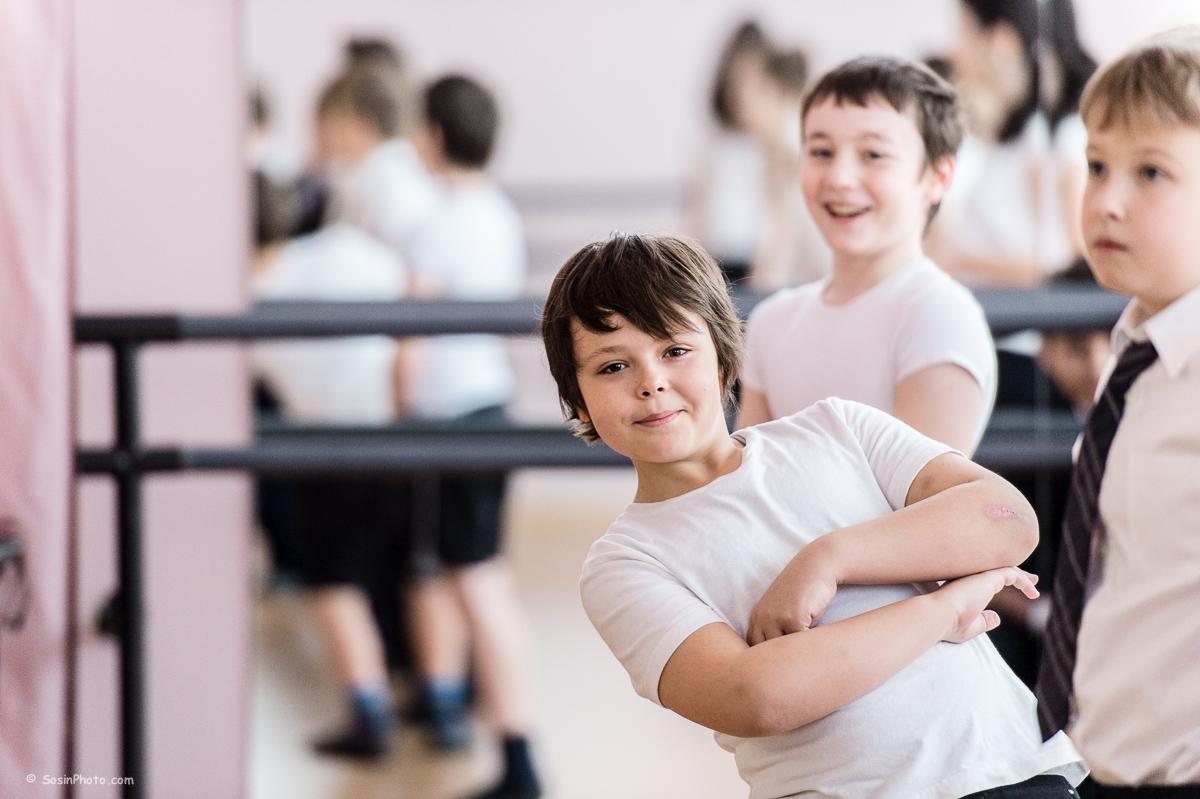 0020 school choreography class