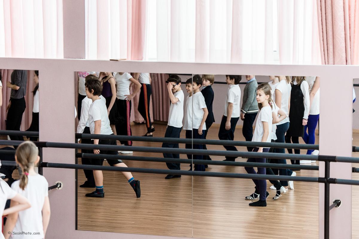 0031 school choreography class