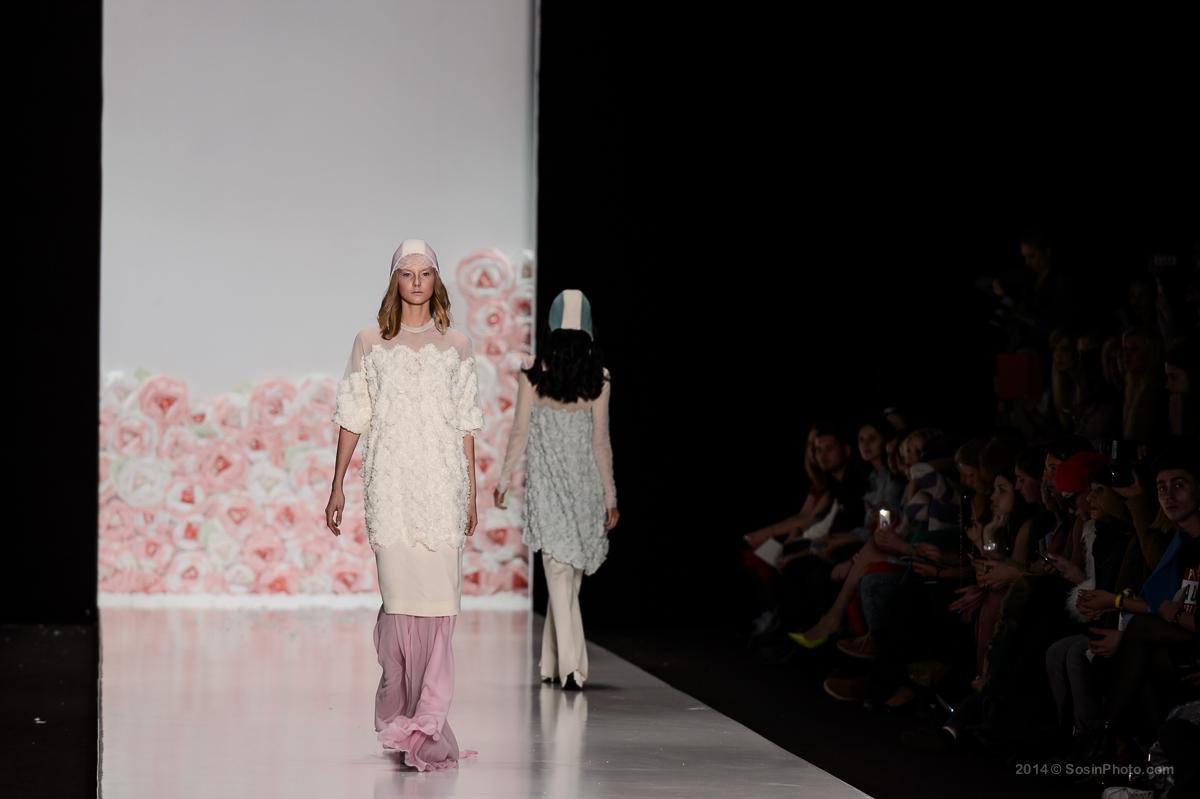 0022 MB Fashion week 2014 photo