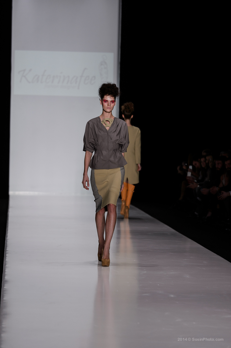 0028 MB Fashion week 2014 photo