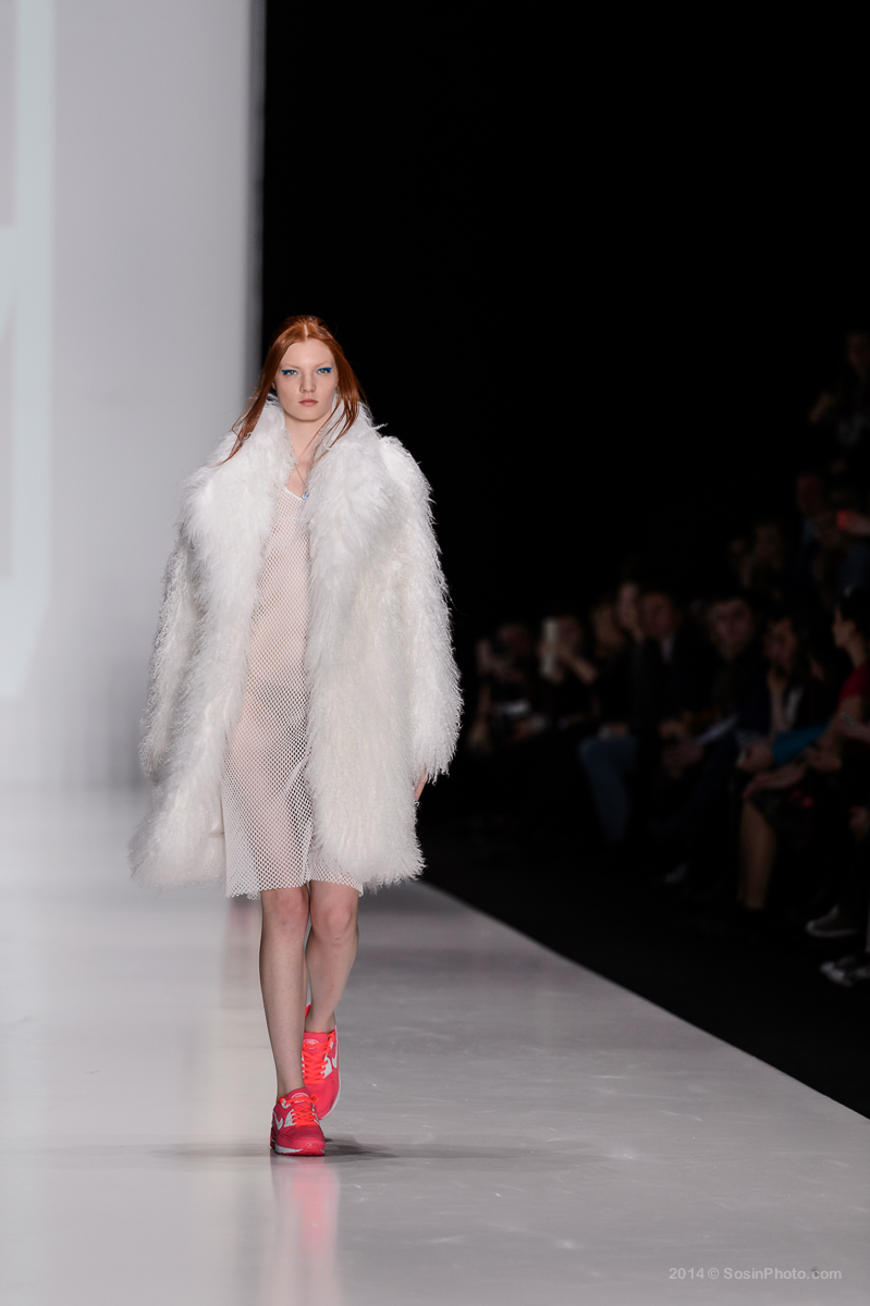 0049 MB Fashion week 2014 photo