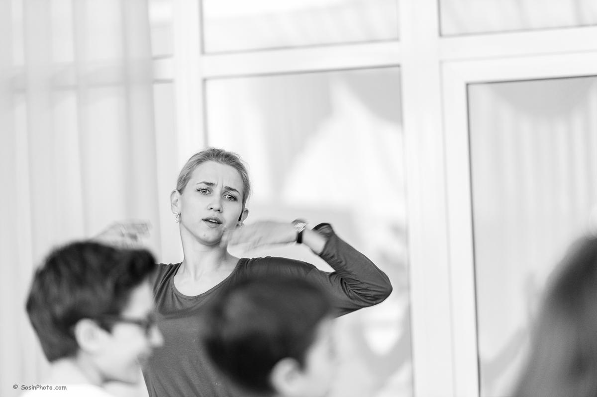 0011 school choreography class